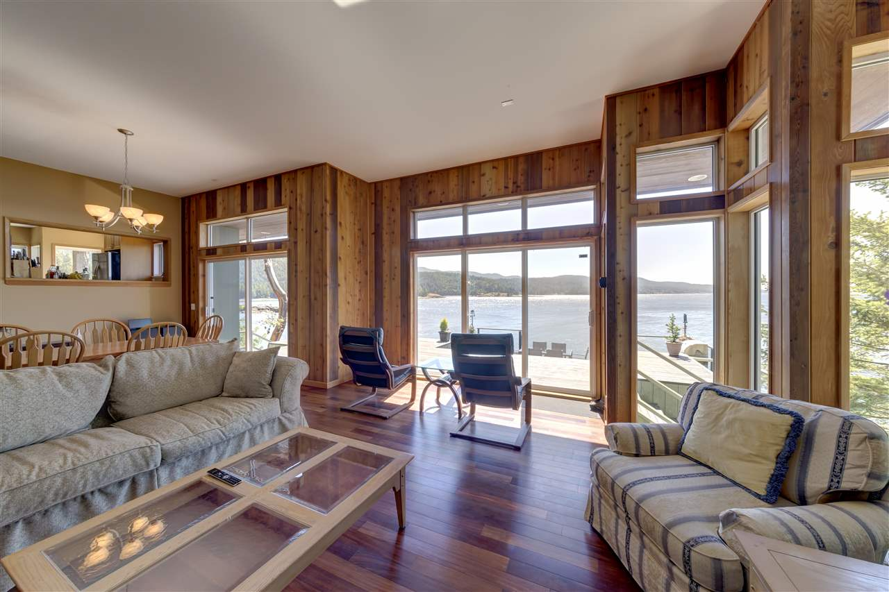 "Photo 10: Photos: 12424 ARBUTUS LANDING Road in Pender Harbour: Pender Harbour Egmont House for sale in ""ARBUTUS LANDING/BEAVER ISLAND"" (Sunshine Coast)  : MLS® # R2132671"
