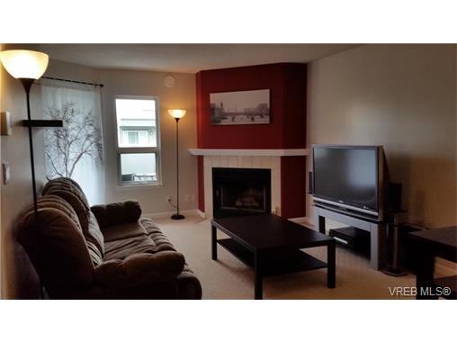 Photo 2: 406 2520 Wark Street in VICTORIA: Vi Hillside Condo Apartment for sale (Victoria)  : MLS® # 374367