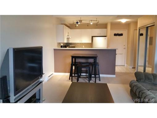 Photo 3: 406 2520 Wark Street in VICTORIA: Vi Hillside Condo Apartment for sale (Victoria)  : MLS® # 374367