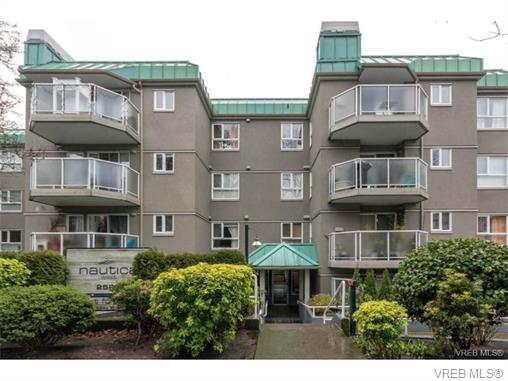 Photo 16: 406 2520 Wark Street in VICTORIA: Vi Hillside Condo Apartment for sale (Victoria)  : MLS® # 374367