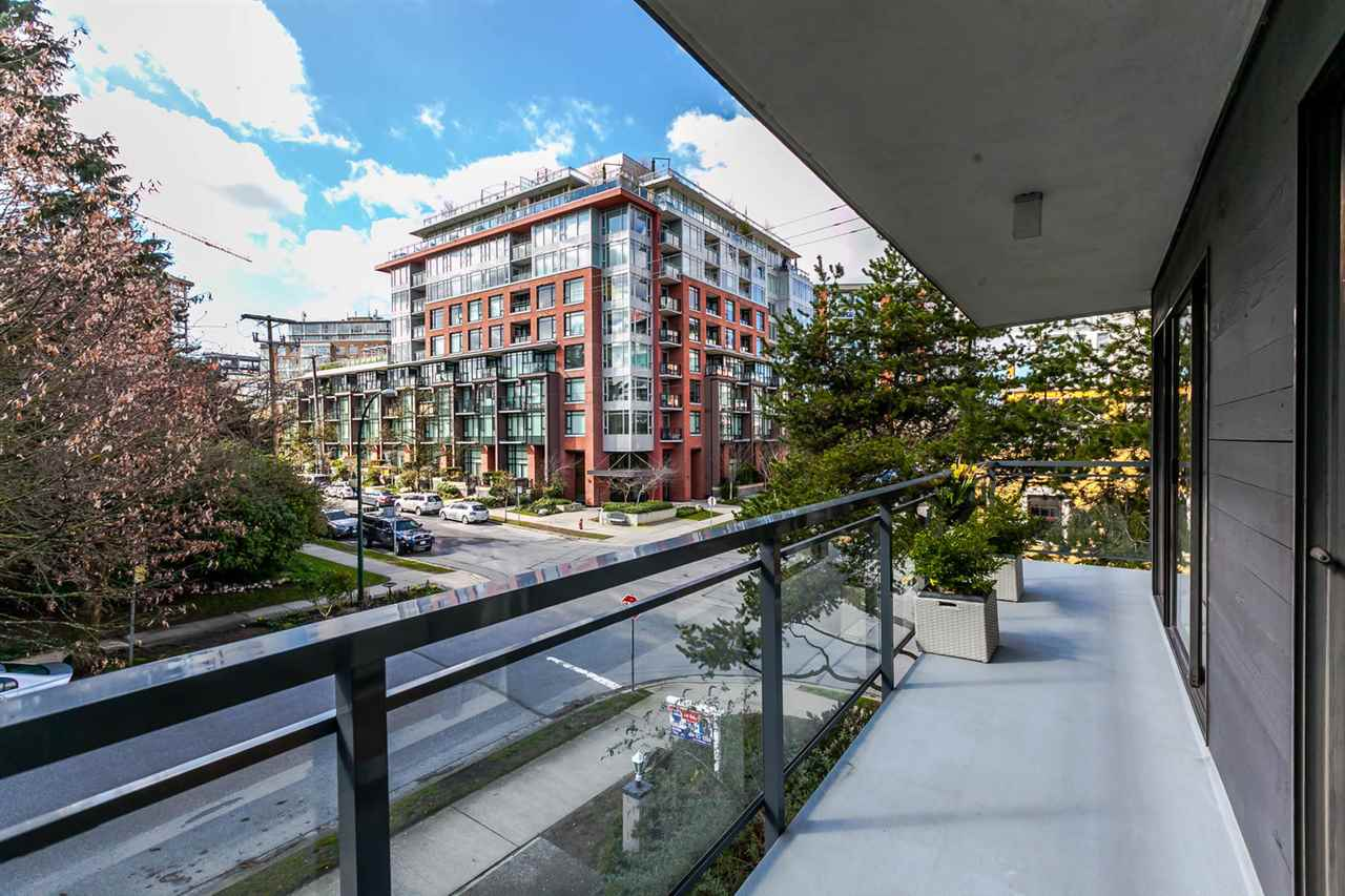 "Photo 19: 310 319 E 7TH Avenue in Vancouver: Mount Pleasant VE Condo for sale in ""Scotia Place"" (Vancouver East)  : MLS® # R2151730"