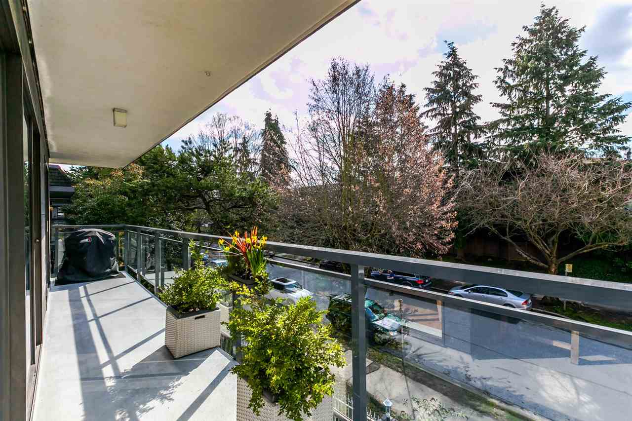 "Photo 18: 310 319 E 7TH Avenue in Vancouver: Mount Pleasant VE Condo for sale in ""Scotia Place"" (Vancouver East)  : MLS® # R2151730"