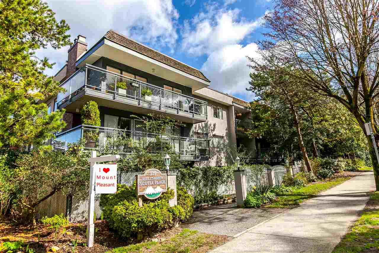 "Main Photo: 310 319 E 7TH Avenue in Vancouver: Mount Pleasant VE Condo for sale in ""Scotia Place"" (Vancouver East)  : MLS® # R2151730"