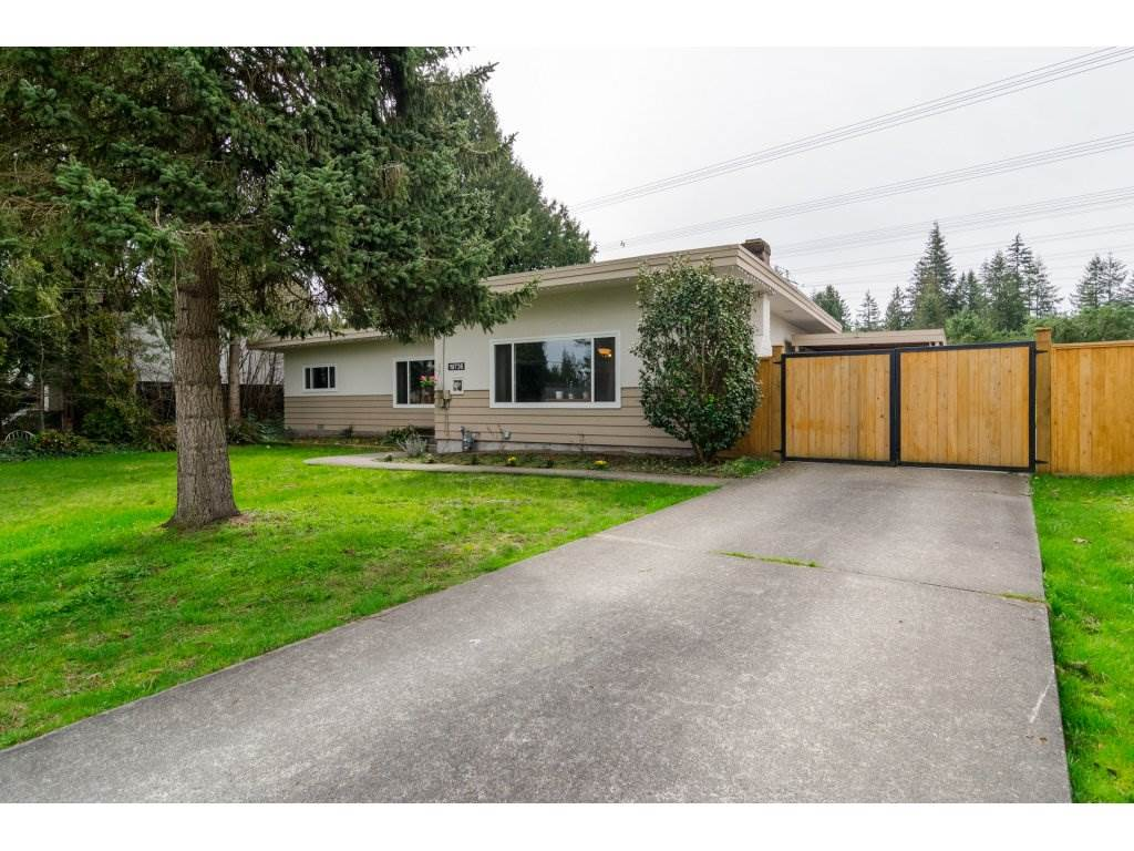 Main Photo: 19736 48 Avenue in Langley: Langley City House for sale : MLS(r) # R2153634