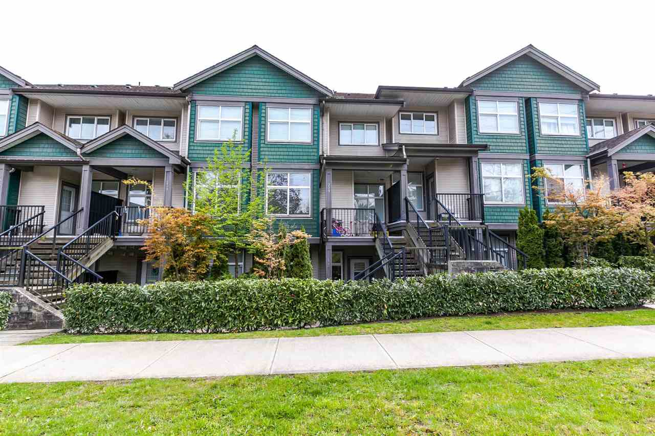 "Main Photo: 115 7333 16TH Avenue in Burnaby: Edmonds BE Townhouse for sale in ""SOUTHGATE"" (Burnaby East)  : MLS® # R2164470"