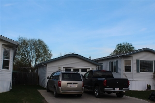 Main Photo: 2913 Lakewood Drive NW in Edmonton: Zone 59 Mobile for sale : MLS(r) # E4063734