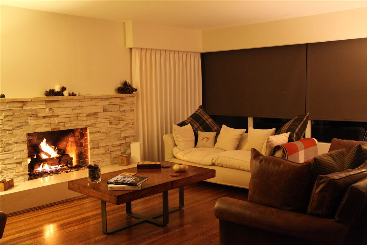 Cozy and intimate on a cold winters night.  Gas fireplace.