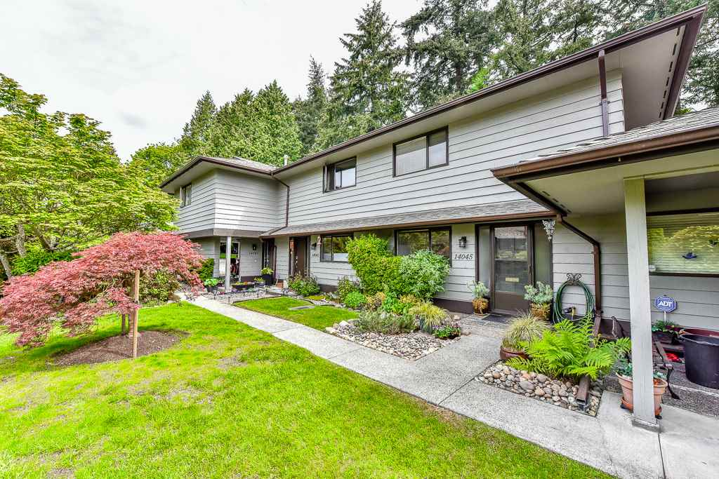 "Main Photo: 14045 MARINE Drive: White Rock Townhouse for sale in ""Ocean Ridge"" (South Surrey White Rock)  : MLS®# R2167951"
