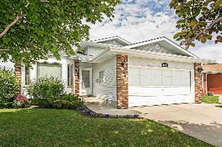 Main Photo: 18320 99A Avenue in Edmonton: Zone 20 House for sale : MLS(r) # E4066922