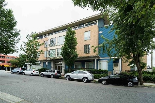 Main Photo: PH3 688 E 17TH Avenue in Vancouver: Fraser VE Condo for sale (Vancouver East)  : MLS(r) # R2174694