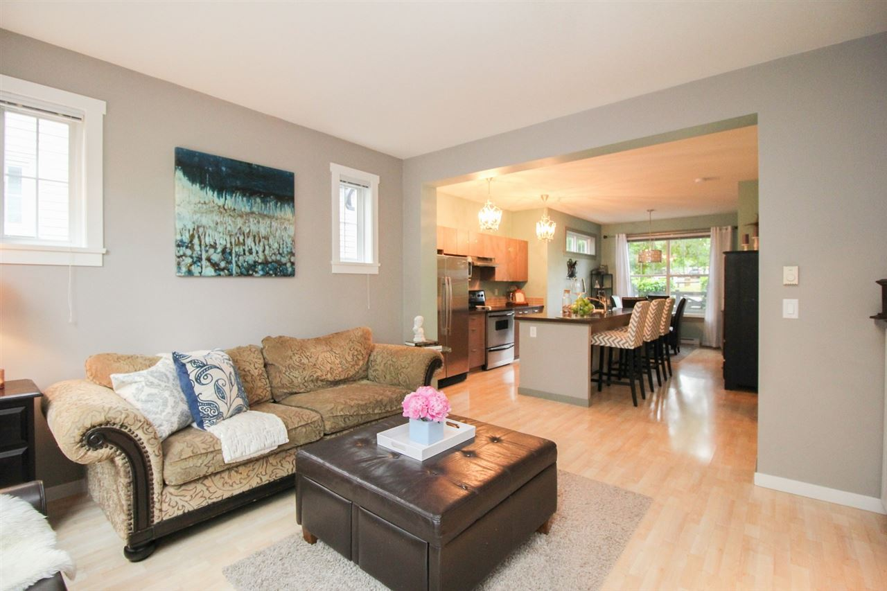 "Photo 7: 80 15075 60 Avenue in Surrey: Sullivan Station Townhouse for sale in ""NATURES WALK"" : MLS(r) # R2176953"