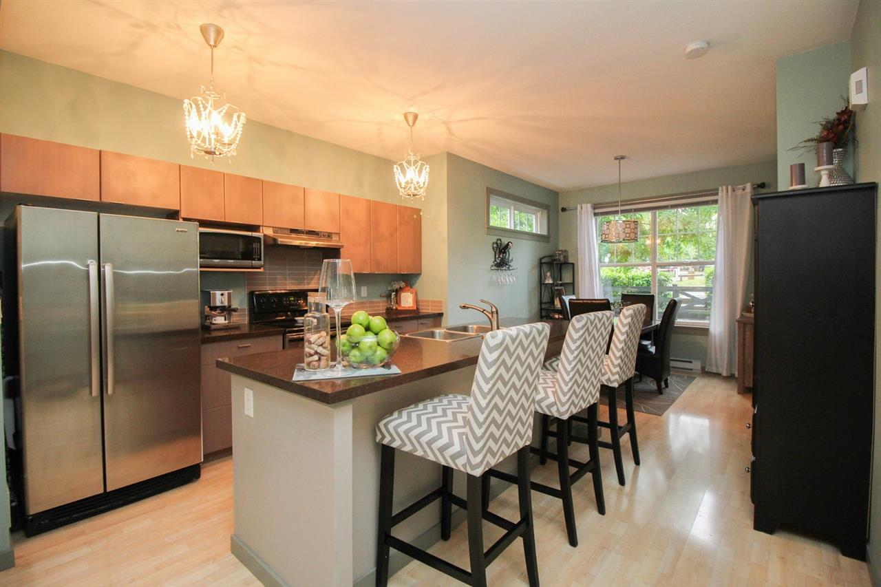 "Photo 5: 80 15075 60 Avenue in Surrey: Sullivan Station Townhouse for sale in ""NATURES WALK"" : MLS(r) # R2176953"