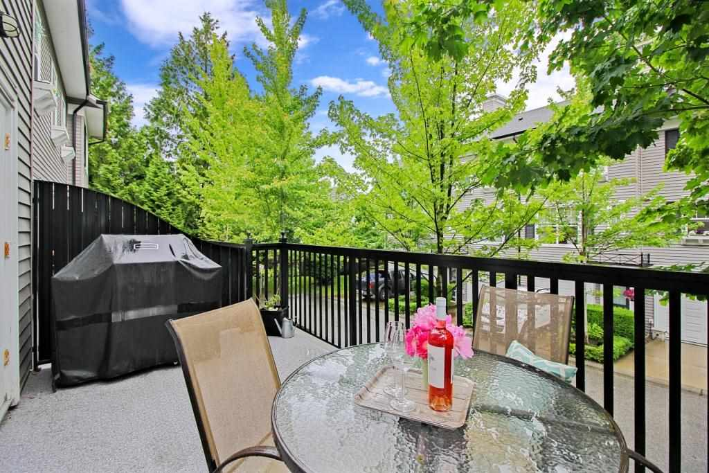 "Photo 9: 80 15075 60 Avenue in Surrey: Sullivan Station Townhouse for sale in ""NATURES WALK"" : MLS(r) # R2176953"