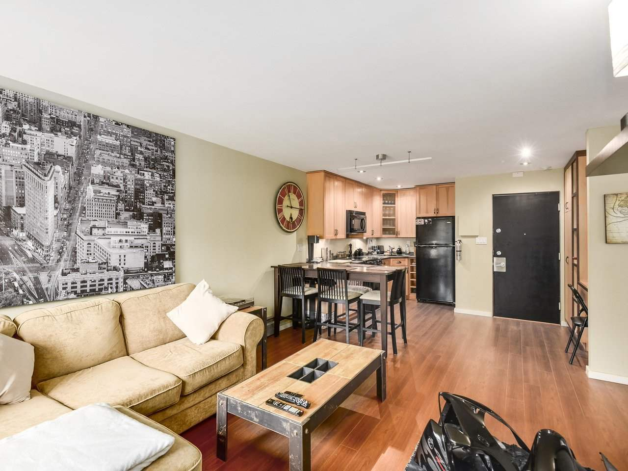 "Photo 7: 102 711 E 6TH Avenue in Vancouver: Mount Pleasant VE Condo for sale in ""Picasso"" (Vancouver East)  : MLS® # R2180358"