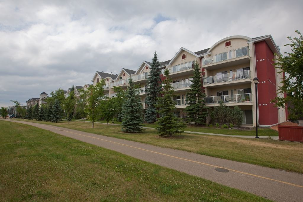 Main Photo: 212 12110 106 Avenue in Edmonton: Zone 07 Condo for sale : MLS(r) # E4073286