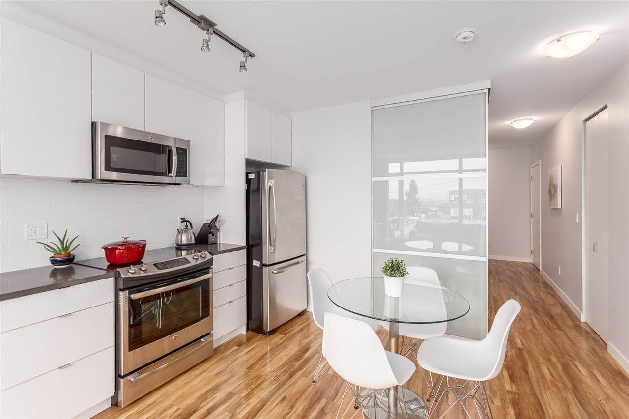"Photo 2: 518 289 E 6TH Avenue in Vancouver: Mount Pleasant VE Condo for sale in ""SHINE"" (Vancouver East)  : MLS® # R2204915"