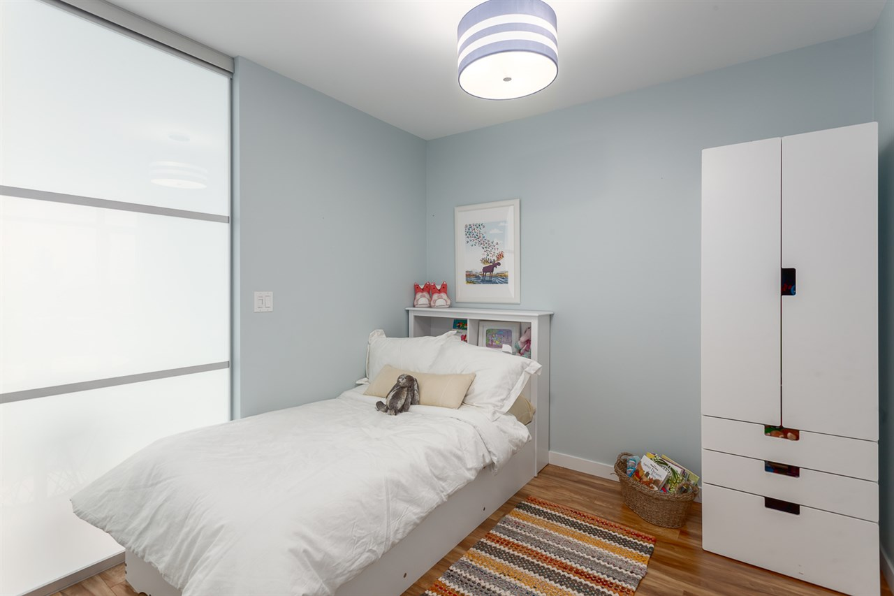 "Photo 14: 518 289 E 6TH Avenue in Vancouver: Mount Pleasant VE Condo for sale in ""SHINE"" (Vancouver East)  : MLS® # R2204915"