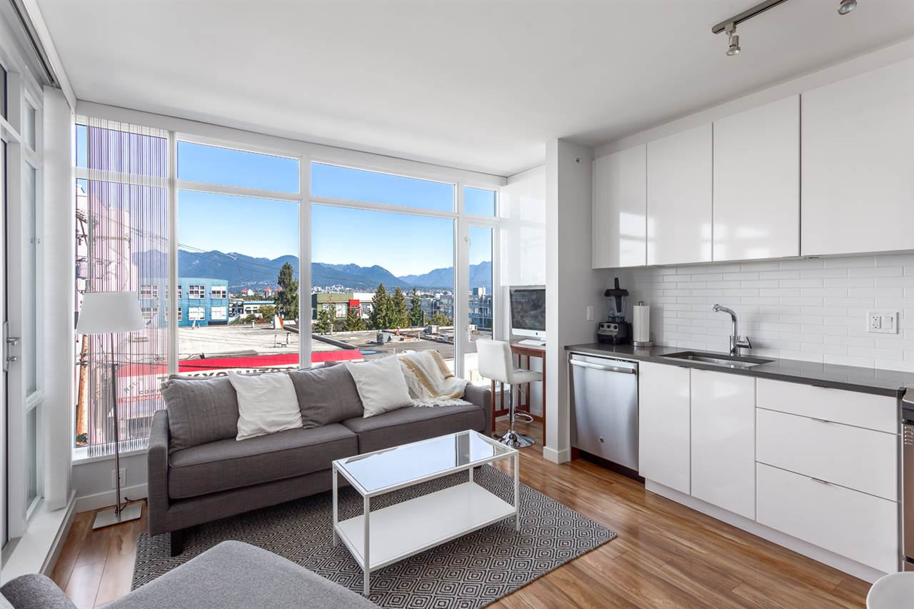 "Photo 6: 518 289 E 6TH Avenue in Vancouver: Mount Pleasant VE Condo for sale in ""SHINE"" (Vancouver East)  : MLS® # R2204915"