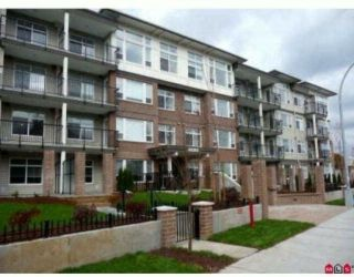 "Main Photo: 109 46150 BOLE Avenue in Chilliwack: Chilliwack N Yale-Well Condo for sale in ""The Newmark Complex"" : MLS® # R2212837"