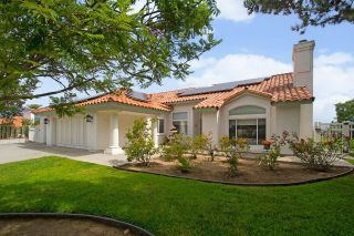 Main Photo: MOUNT HELIX House for sale : 5 bedrooms : 4145 Ponce De Leon Dr in La Mesa