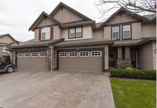 "Main Photo: 43 6577 SOUTHDOWNE Place in Sardis: Sardis East Vedder Rd Townhouse for sale in ""Harvest Square"" : MLS® # R2239600"