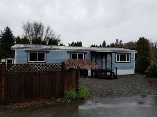 "Main Photo: 100A 1413 SUNSHINE COAST Highway in Gibsons: Gibsons & Area Manufactured Home for sale in ""POPLARS"" (Sunshine Coast)  : MLS®# R2250344"