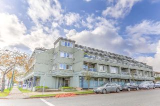 "Main Photo: 207 315 RENFREW Street in Vancouver: Hastings East Condo for sale in ""SHOREWINDS"" (Vancouver East)  : MLS®# R2318659"