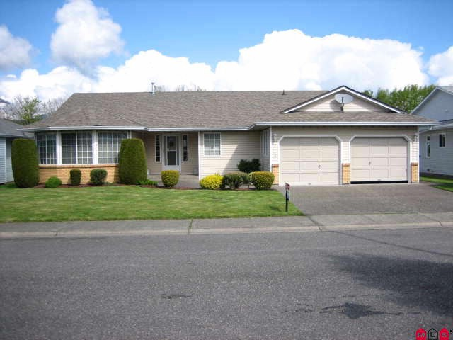"Main Photo: 45413 BEECH NUT Avenue in Sardis: Sardis West Vedder Rd House for sale in ""WELLS LANDING"" : MLS® # H1102094"