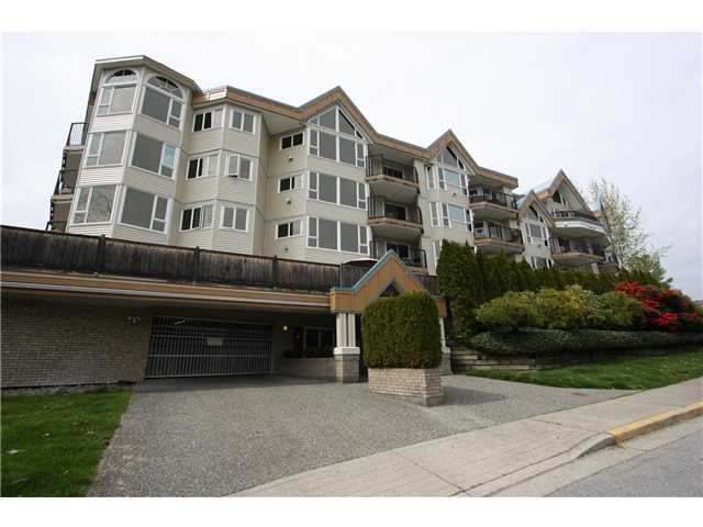 Main Photo: # 409 11595 FRASER ST in Maple Ridge: East Central Condo for sale : MLS® # V945574