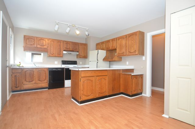 Photo 8: Photos: 234 GRANTS LAKE ROAD in LAKE COWICHAN: House for sale : MLS® # 360947
