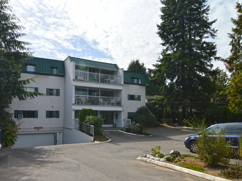 "Main Photo: 204 33464 GEORGE FERGUSON Way in Abbotsford: Central Abbotsford Condo for sale in ""CLOUDECROFT MANOR"" : MLS(r) # R2107057"