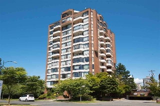 "Main Photo: 404 2189 W 42ND Avenue in Vancouver: Kerrisdale Condo for sale in ""Governor Point"" (Vancouver West)  : MLS(r) # R2112248"