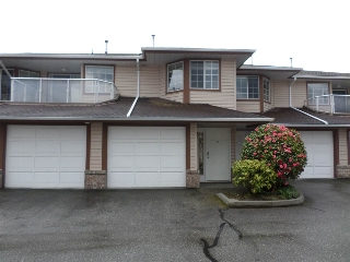 "Main Photo: 2 32659 GEORGE FERGUSON Way in Abbotsford: Abbotsford West Townhouse for sale in ""Canterbury Gate"" : MLS(r) # R2157901"
