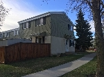 Main Photo: 242 PRIMROSE Gardens in Edmonton: Zone 20 Townhouse for sale : MLS(r) # E4062640