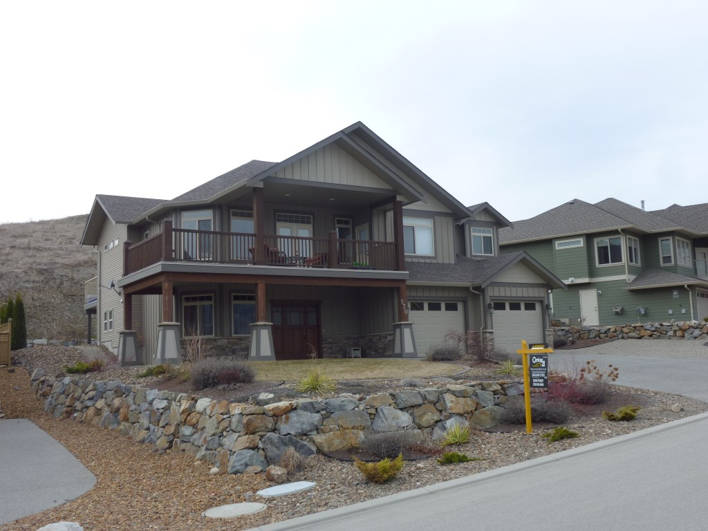 Photo 3: 570 Mt. Ida Drive in Coldstream: Middleton Mountain House for sale (North Okanagan)  : MLS(r) # 10023105