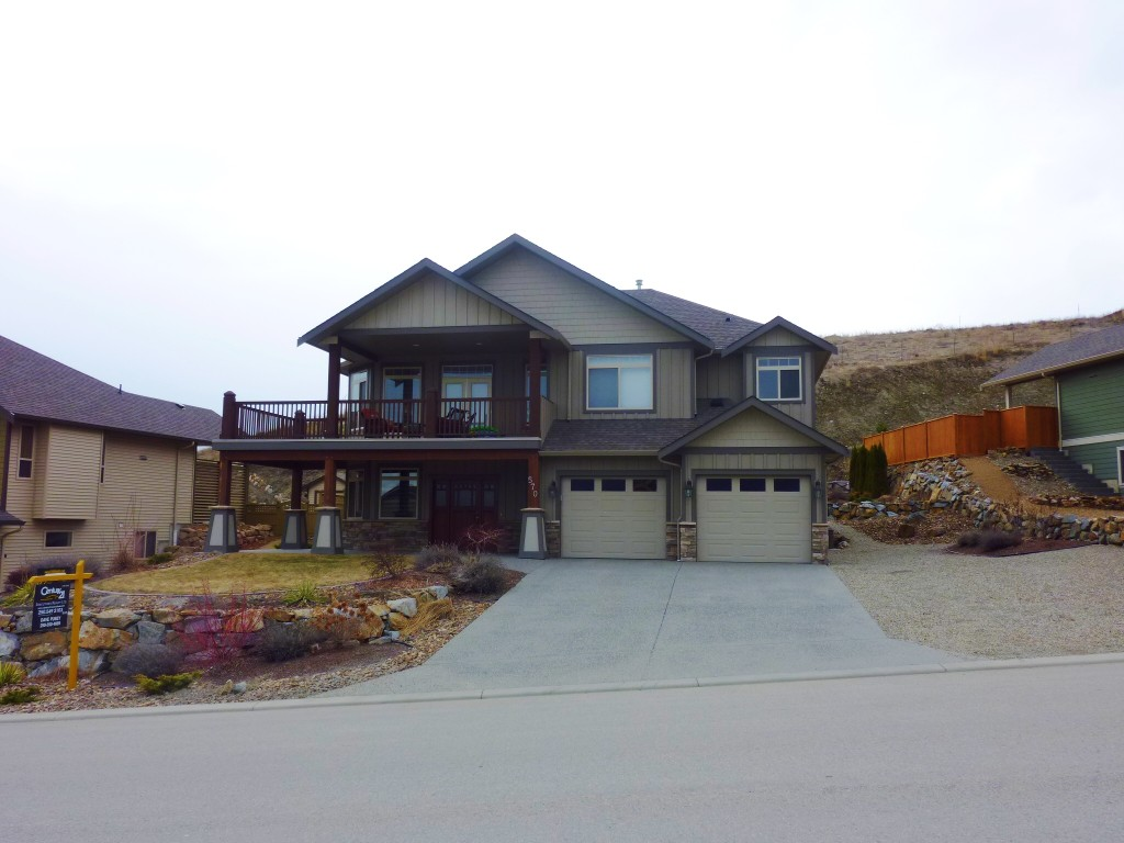 Main Photo: 570 Mt. Ida Drive in Coldstream: Middleton Mountain House for sale (North Okanagan)  : MLS®# 10023105