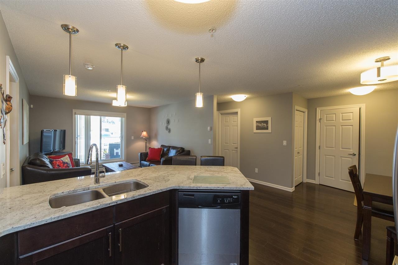 Photo 5: 104 2203 44 Avenue in Edmonton: Zone 30 Condo for sale : MLS® # E4068784
