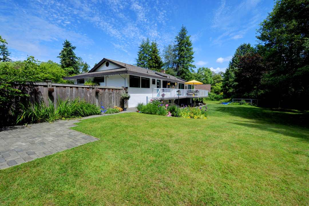 Photo 18: 17350 21A Avenue in Surrey: Pacific Douglas House for sale (South Surrey White Rock)  : MLS(r) # R2176413