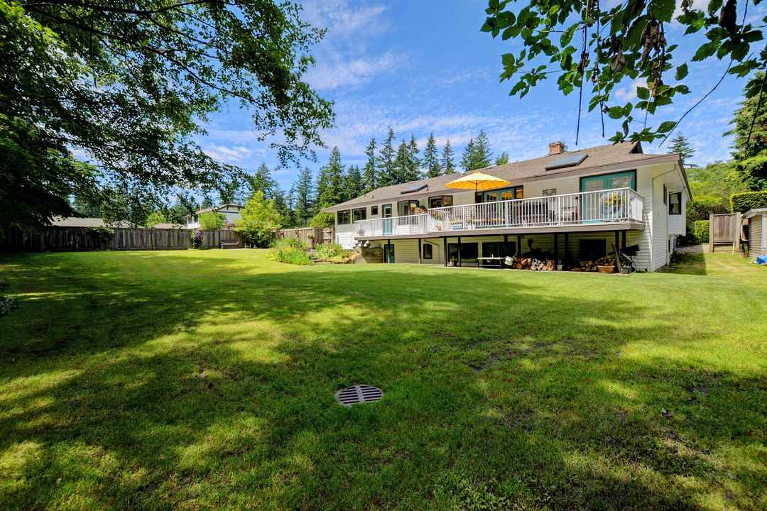 Photo 19: 17350 21A Avenue in Surrey: Pacific Douglas House for sale (South Surrey White Rock)  : MLS(r) # R2176413