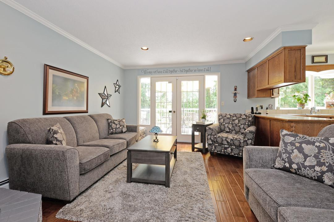 Photo 4: 17350 21A Avenue in Surrey: Pacific Douglas House for sale (South Surrey White Rock)  : MLS(r) # R2176413