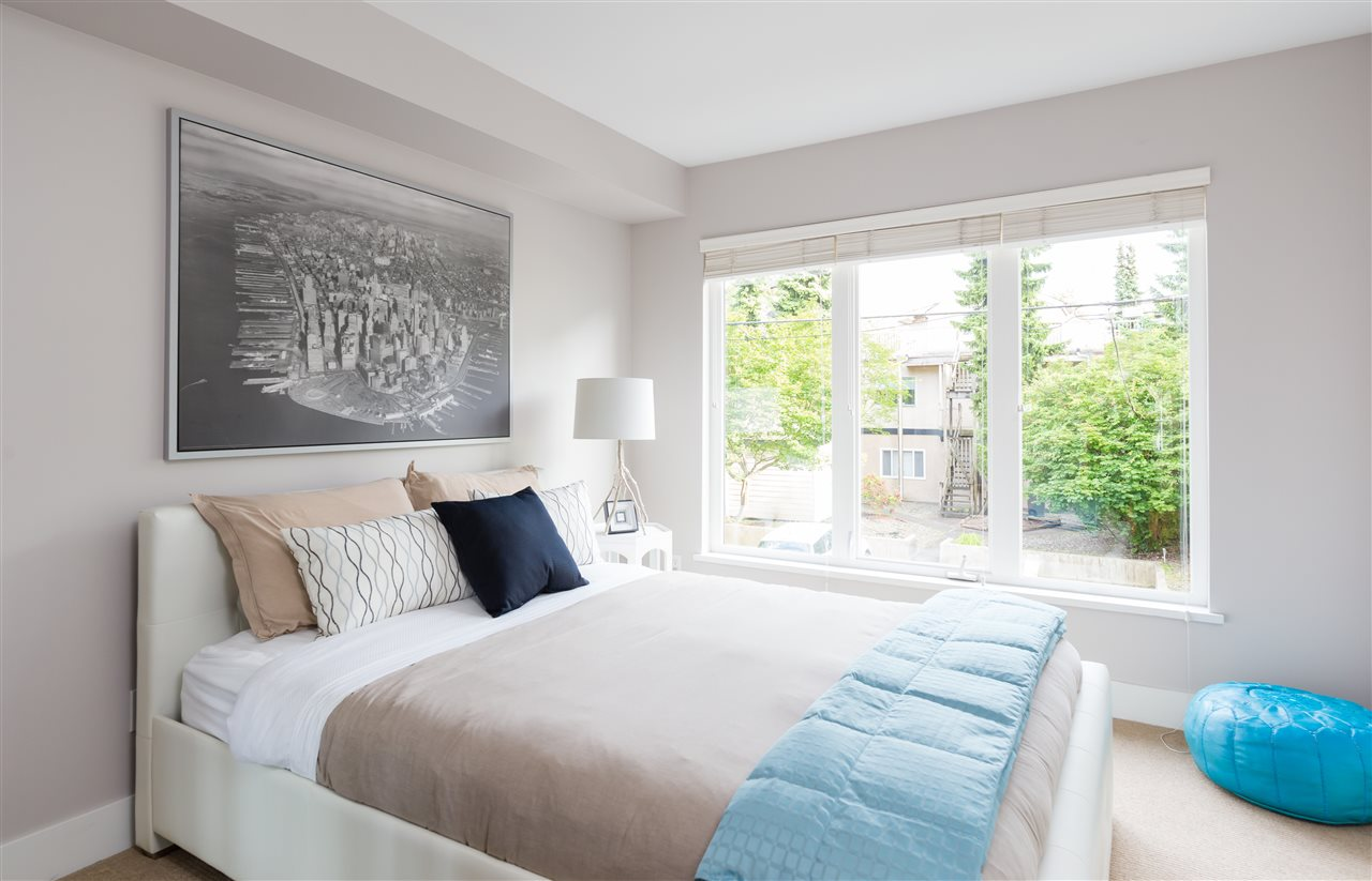 "Photo 9: 2943 LAUREL Street in Vancouver: Fairview VW Townhouse for sale in ""BROWNSTONES"" (Vancouver West)  : MLS® # R2179733"