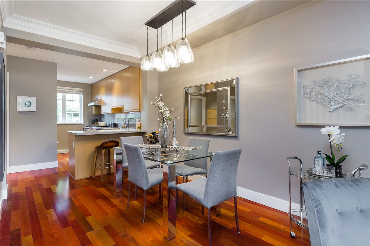 "Photo 5: 2943 LAUREL Street in Vancouver: Fairview VW Townhouse for sale in ""BROWNSTONES"" (Vancouver West)  : MLS® # R2179733"