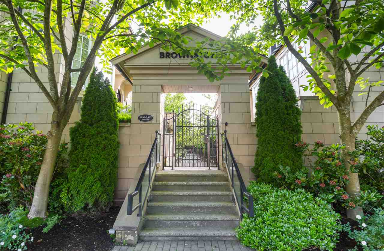 "Photo 19: 2943 LAUREL Street in Vancouver: Fairview VW Townhouse for sale in ""BROWNSTONES"" (Vancouver West)  : MLS® # R2179733"