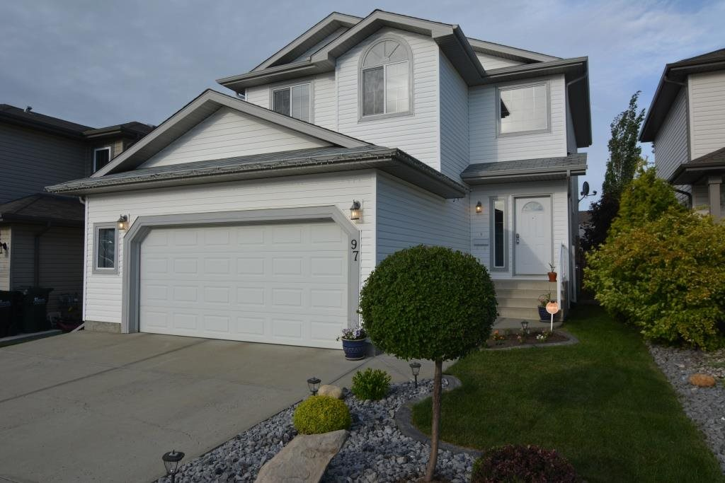 Main Photo: 97 SUNFLOWER Lane: Sherwood Park House for sale : MLS(r) # E4070499
