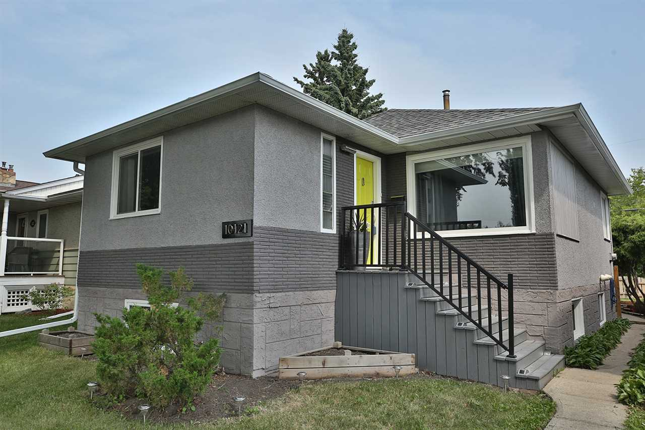 Main Photo:  in Edmonton: Zone 19 House for sale : MLS(r) # E4074788