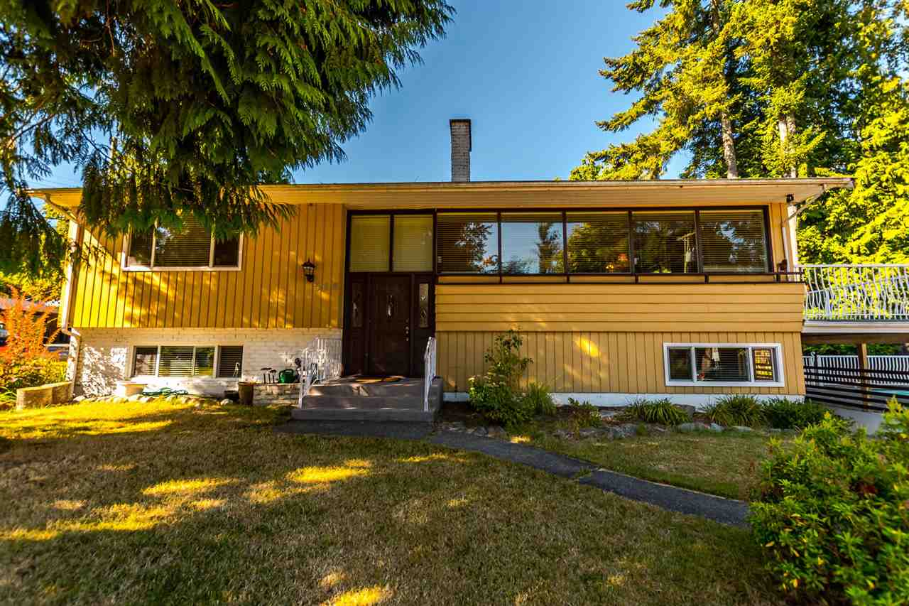 "Main Photo: 518 AILSA Avenue in Port Moody: Glenayre House for sale in ""COLLEGE PARK- GLENAYRE"" : MLS® # R2202508"