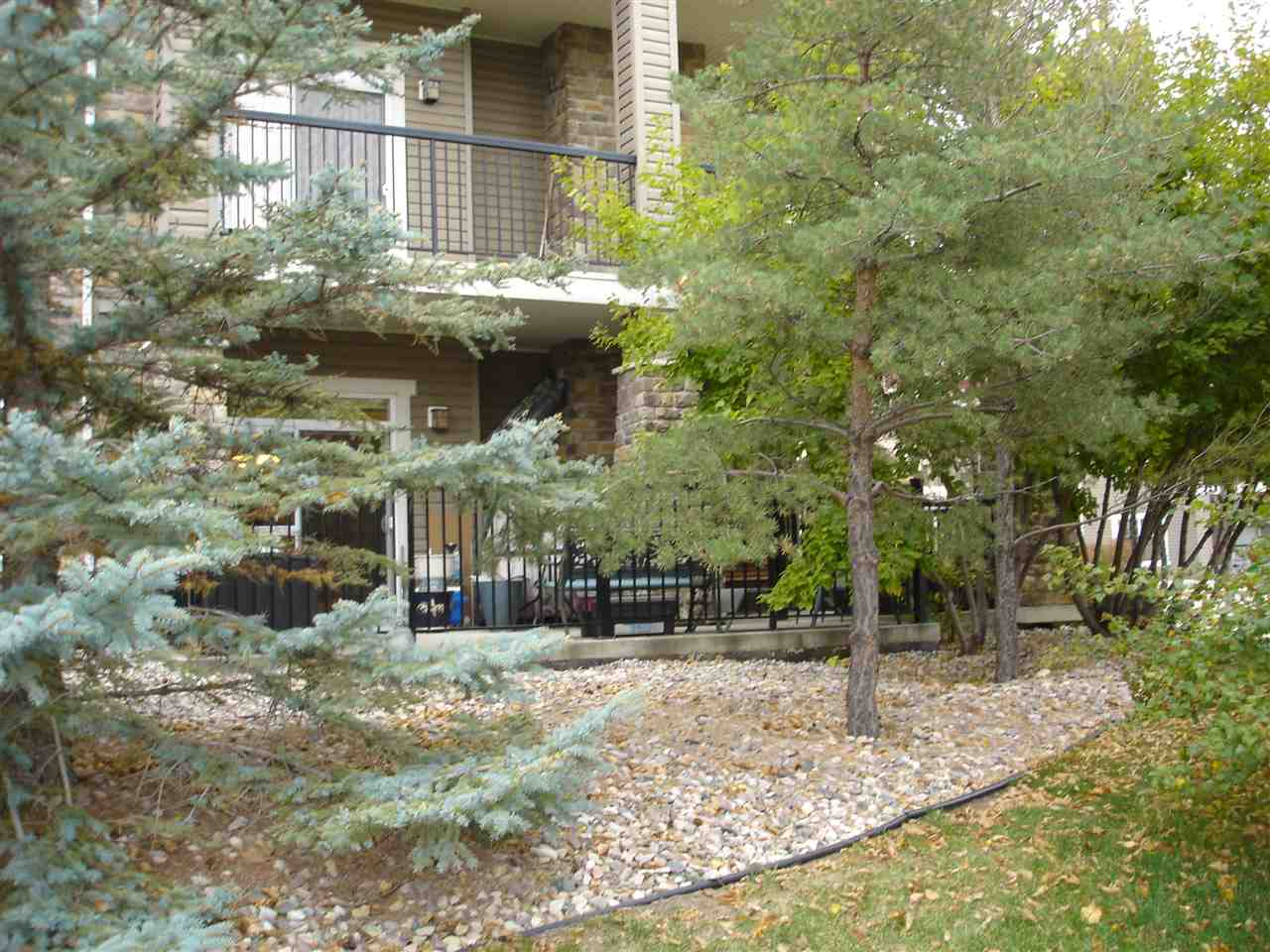 Main Photo: 102 2503 HANNA Crescent in Edmonton: Zone 14 Condo for sale : MLS® # E4084715