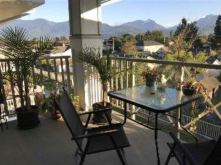 "Main Photo: 312 46262 FIRST Avenue in Chilliwack: Chilliwack E Young-Yale Condo for sale in ""THE SUMMIT"" : MLS® # R2214205"