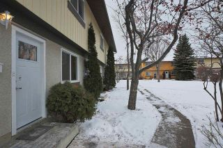 Main Photo:  in Edmonton: Zone 20 Townhouse for sale : MLS® # E4088965