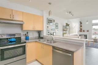 "Main Photo: 418 147 E 1ST Street in North Vancouver: Lower Lonsdale Condo for sale in ""The Coronado"" : MLS® # R2231924"